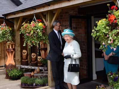 Queen visits Light Ash Farm Shop